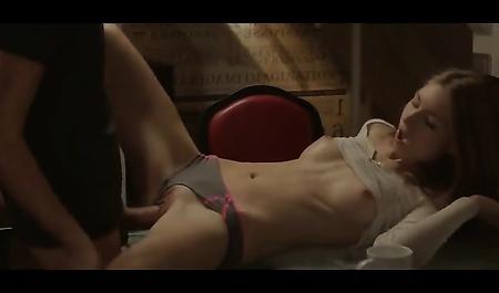 Пока были дома одни секс