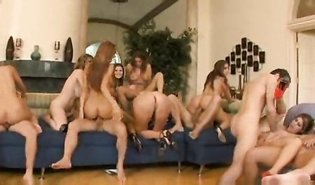 Групповое порно с самыми известными порнозвездами