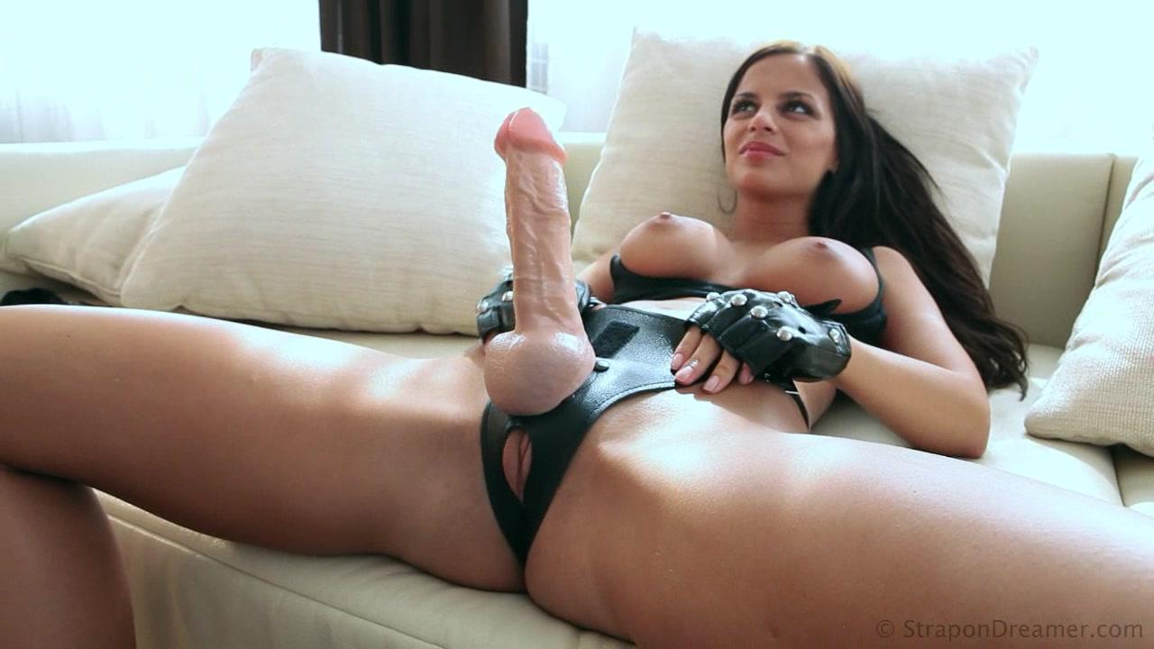 Порно стройной женщины с подругой, ступней