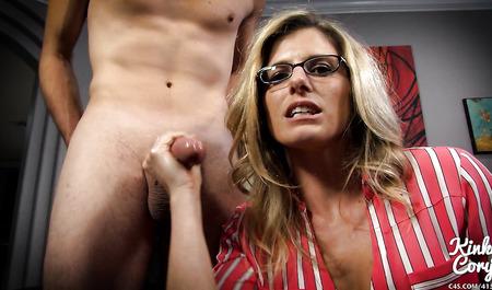 Смотреть Короткое Порно Мамаш