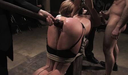 Бесплатно порно видео унижение домашних рабынь