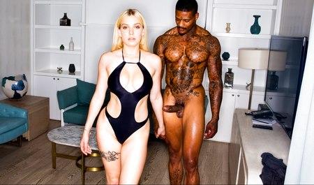 Межрасовый секс блондинки и черного парня на квартире