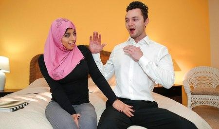 porno-video-arabskaya-zhenshina-soset