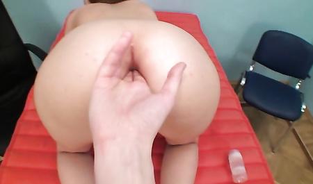 Секс в кабинете начальника