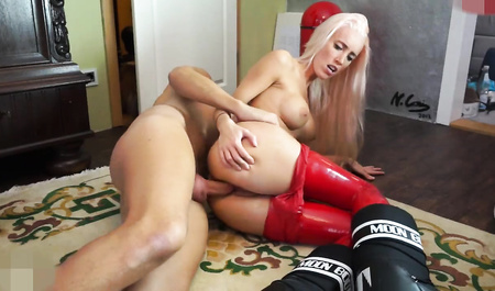 Порно блондинки худенькие высокие